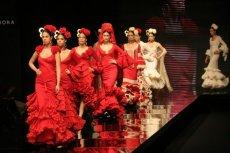 Традиционный женский костюм для разных стилей фламенко